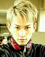 町田啓太 髪型